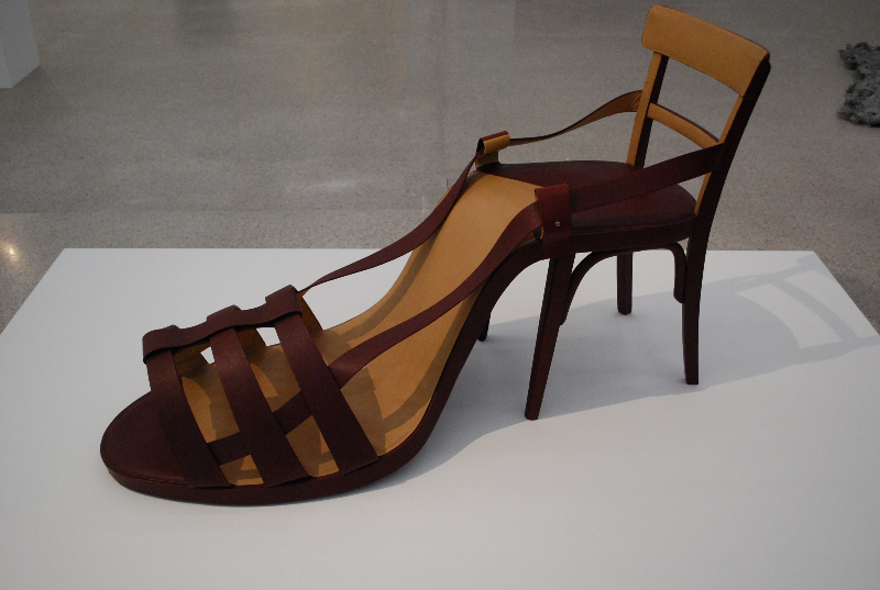 Birgit Jürgenssen, Shoechair (1974)