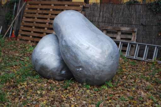 """Potatoes"", sculptures in open spac3 (BMUKK Prater studios' garden)"